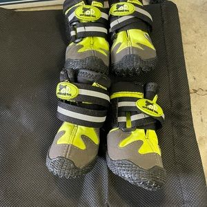 3 for $20!!! Used dog all road boots